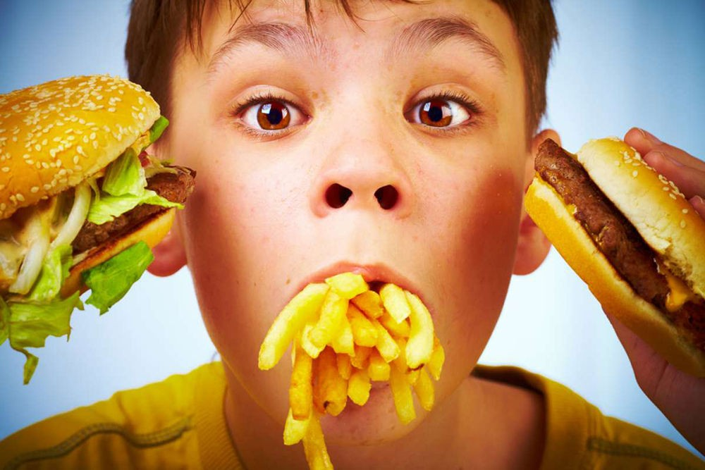 Вред фастфуда для ребенка