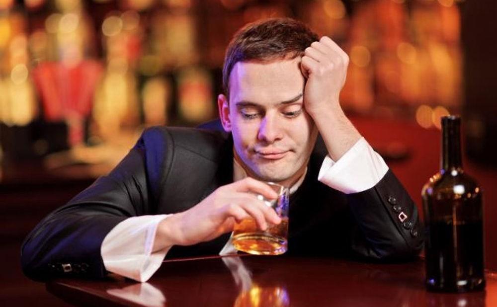 Алкоголь может спровоцировать