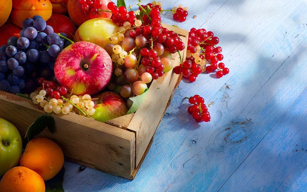 Включать в рацион фрукты