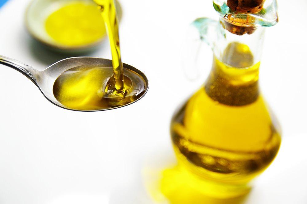 Как принимать льняное масло при гастрите и можно ли пить